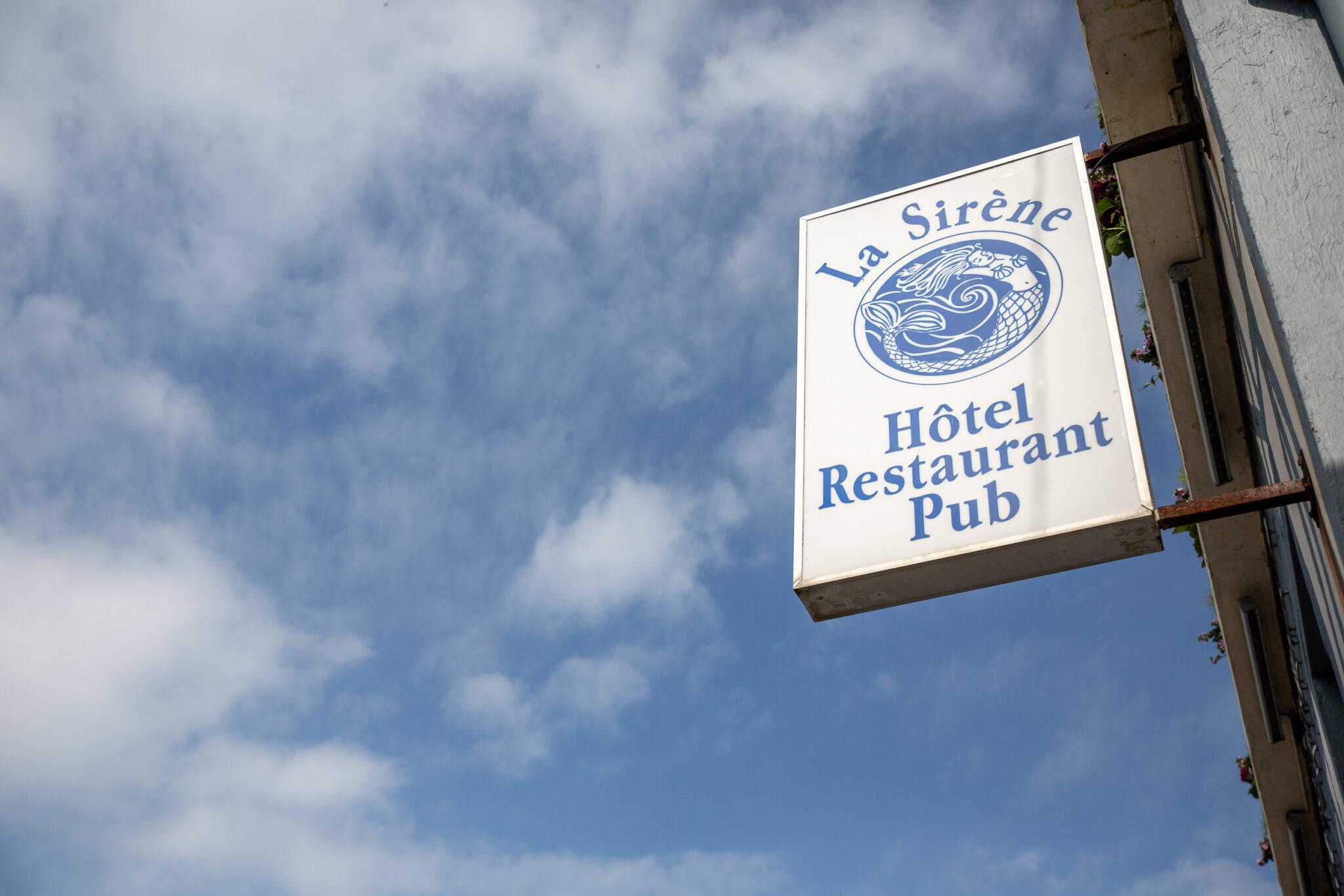 Enseigne Hôtel Restaurant Pub La Sirène